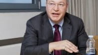 Microsofts topchef Steve Ballmer forlader snart posten som topchef for Microsoft, men afløseren bliver ikke den tidligere Nokia-topchef Stephen Elop.