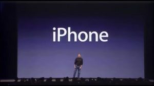 Steve Jobs præsenterer den første iPhone under Macworld Expo 2007