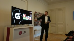 Landechef for LG i Danmark, Morten Aagaard, til LG G Flex pressemøde (Foto: MereMobil.dk)