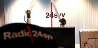 Mikrofon, Radio 24 Syv