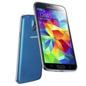 Samsung Galaxy S5 i blå (Foto: Samsung)