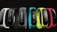 WEB-TV: MereMobil.dk har set nærmere på Huaweis første wearable device, der er et armbånd, men også et bluetooth headset.