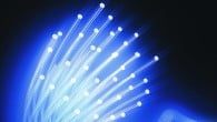 Om fire år vil mobiltelefoner være med udbredt end el og vand, spår en ny undersøgelse.