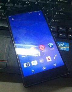 Lækket billede af Sony Xperia Z3 (Kilde: weibo.com)