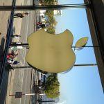 Kø til iPhone 6 og iPhone 6 Plus i Hanburg (Foto: MereMobil.dk)