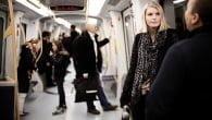Den københavnske metro har nu 3G mobildækning på alle stationer og langs banenettet. Alle teleselskaberne tilbyder nu 3G.