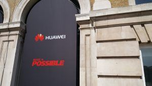 Huawei logo fra event i London