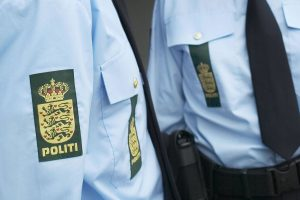Politi_uniform