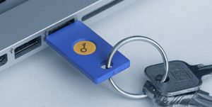 En U2F-nøgle fra Yubico