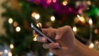 SMS'en er lagt på hylden juleaften. Julehilsnerne sendes nu primært som data via blandt andet Facebook og Instagram.
