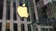 DOM: Gigantbøde i millionklassen til Apple for via en iOS-opdatering at gøre gamle iPhones langsommere, for at sælge nye produkter.