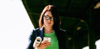 Brug af smartphone miljøfoto TDC Group