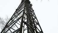Telenor opsætter ny mobilmast, men nu er borgerne skuffede over manglende mobildækning fra TDC.