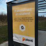 Reklame på busskur for Plenti (Foto: MereMobil.dk)