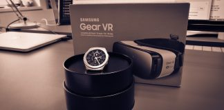 Samsung Gear V2 og Gear S2 Classic (Foto: MereMobil.dk)
