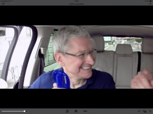 Tim Cook på køretur med James Corden før lancering af iPhones i september 2016 (Foto: MereMobil.dk)