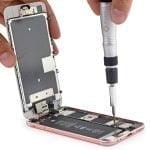 Reparation af iPhone 7 (Foto: iFixit.com)