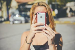 iPhone i byen (Foto: Janeb13)