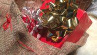 Julegaveshopping foregår ikke kun i fysiske butikker. Onlinehandlen er stærkt med. Køber du julegaverne online, så er her sidste frist for køb inden jul.