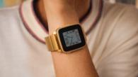 Gå uden om Pebble som julegave. Pebble lukkes i forbindelse med, at Fitbit overtager.