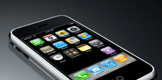 iPhone 1. generation (Foto: Apple)