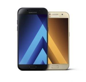 Samsung Galaxy A3 og A5 (2017) (Foto: Samsung)