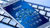 Facebook og Instagram er i hård kamp med Snapchat om de unge brugere. Snapchat synes at have gode kort på hånden, men Instagram vokser.