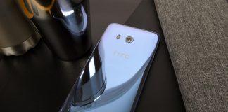 HTC U 11 i farven Amazing Silver (Foto: HTC)