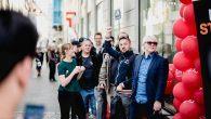 Ved en særlig pop-up event, hvor der blev solgt et begrænset antal af OnePlus 5, var flere hundrede danskere var mødt op. Alle fik en telefon med hjem.