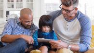 Android får nu familiedeling, som også kendes fra iPhone. Apps kan deles mellem alle i familien, og børnenes mobilforbrug kan overvåges.