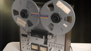 AKAI GX 630D