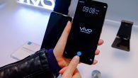 Nu er det muligt at have fingeraftrykslæser på fronten og en minimal skærmramme. Vivo har indbygget fingeraftrykslæseren i skærmen.