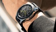 TEST: Galaxy Watch er næsten en genudgivelse af det to år gamle Gear S3. Uret har sine momenter, men Samsung lader sig overhale af Apple på smartwatch.