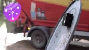 En lille sensor på indersiden af låget på hver skraldespand fortæller renovationsselskabet, hvor tømning er påkrævet. Det giver bedre ruteplanlægning, færre ture, mindre slitage, mindre CO2-udslip og bedre økonomi. (Foto Telia)
