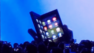 VIDEO: En teaser video fra Samsung er sluppet ud på nettet – og det kan være den kommende foldbare smartphone, som vises i videoen. Se videoen her.