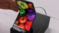 Klaptelefonen kan måske genoplives med en foldbar skærm som omdrejningspunkt. Se dette bud fra en stor producent.