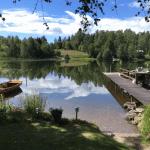 Dette billede af en sommerdag ved søen er taget med en iPhone SE – uden filter eller efterbehandling. (Foto: Søren Allen Schriver)