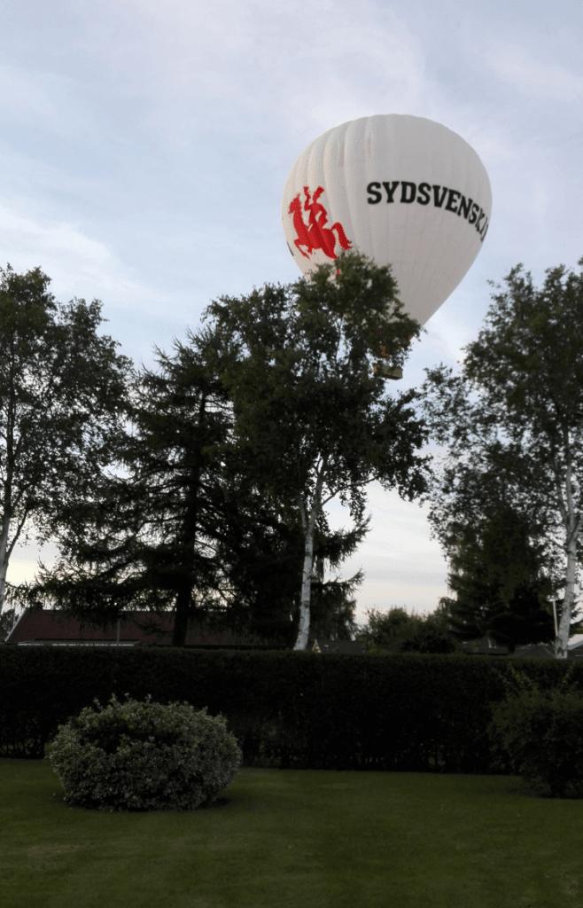 Søren har fanget en luftballon med en Huawei P8 Lite. (Foto: Søren Farsøe)