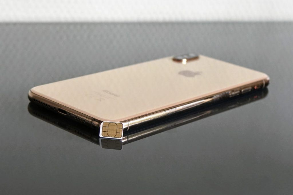 iPhone Xs Max med SIM-kort