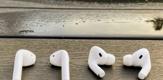 AirPods 2rd gen ved siden af AirPods Pro