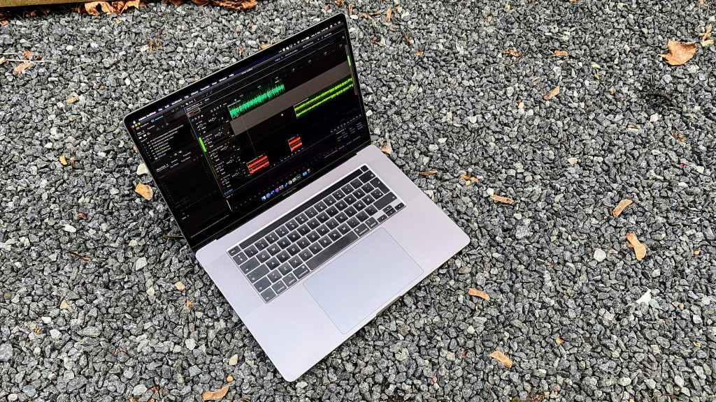 Adobe Audition på MacBook Pro 16""
