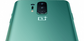 OnePlus 8 Pro i farven glacial green