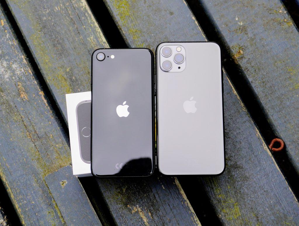 iPhone SE 2020 og iPhone 11 Pro