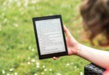 E-bog læser e-book