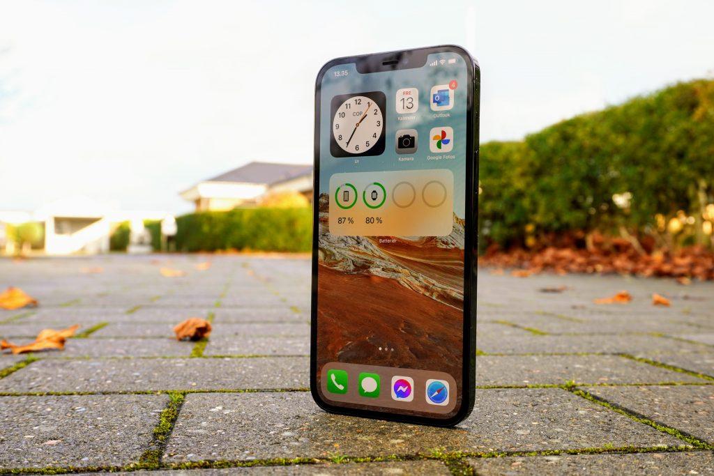 iPhone 12 Pro Max test