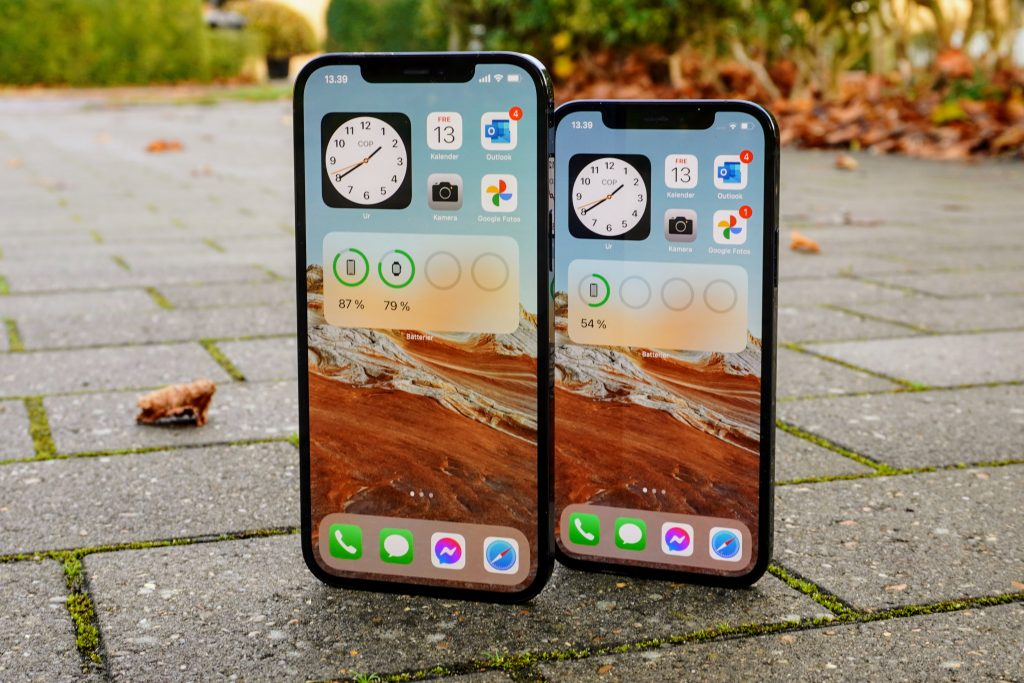iPhone 12 Pro Max og iPhone 12 Pro