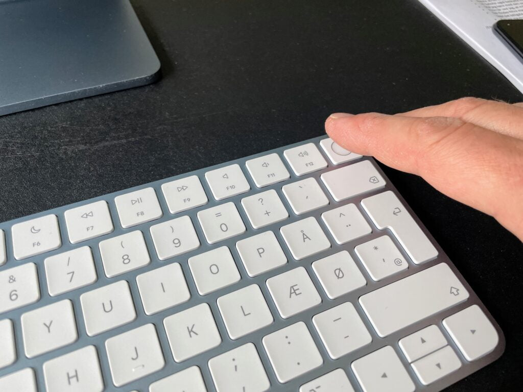 Magic Keyboard med Touch ID